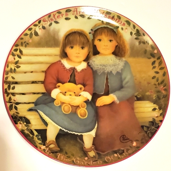 """VTG """"Sisters Are Blossoms"""" by Chantal Poulin"""